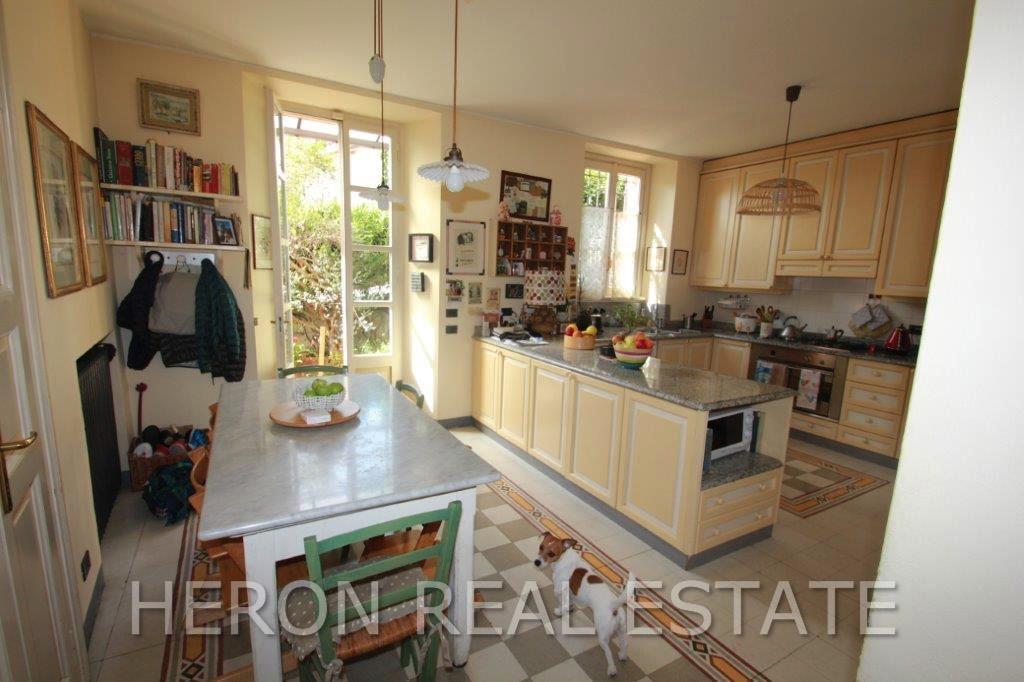 4 Cernobbio kitchen.jpg