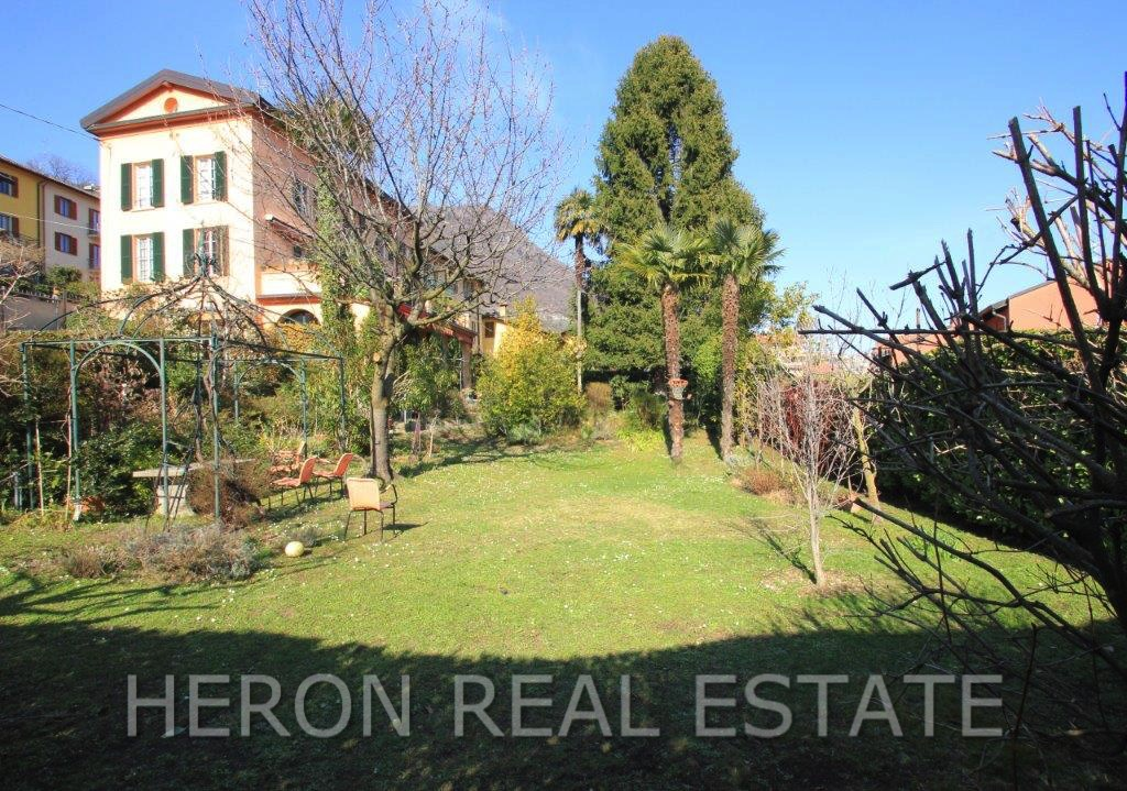 10 Cernobbio garden.jpg