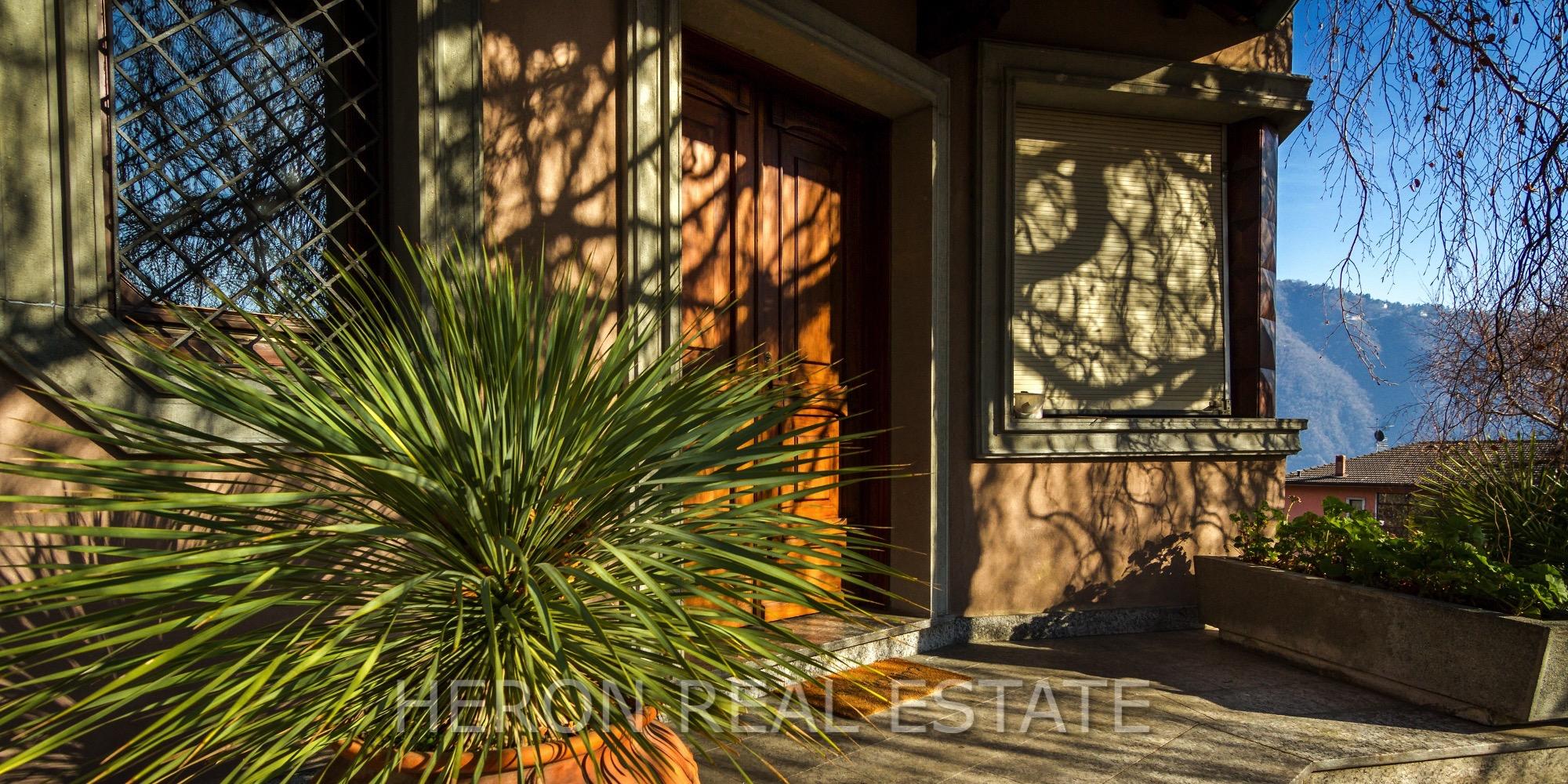1 cernobbio modern villa sale.jpg