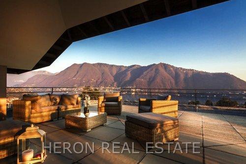 Cernobbio+lake+view+terrace.jpg