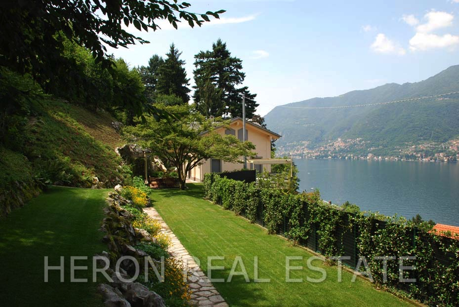 13 Lake Como villa with view for sale.jpg