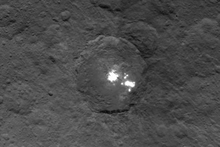 Ceres_mysterius_lights.jpg