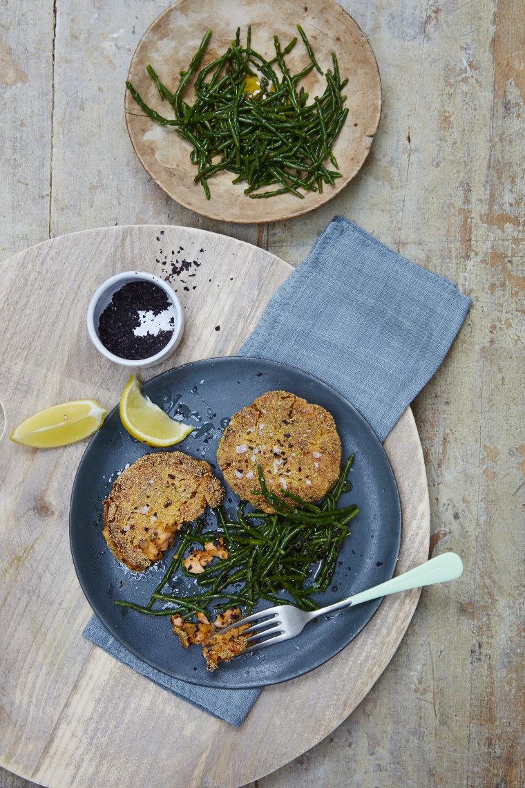Pan-fried salmon, sweet potato & seaweed fishcakes