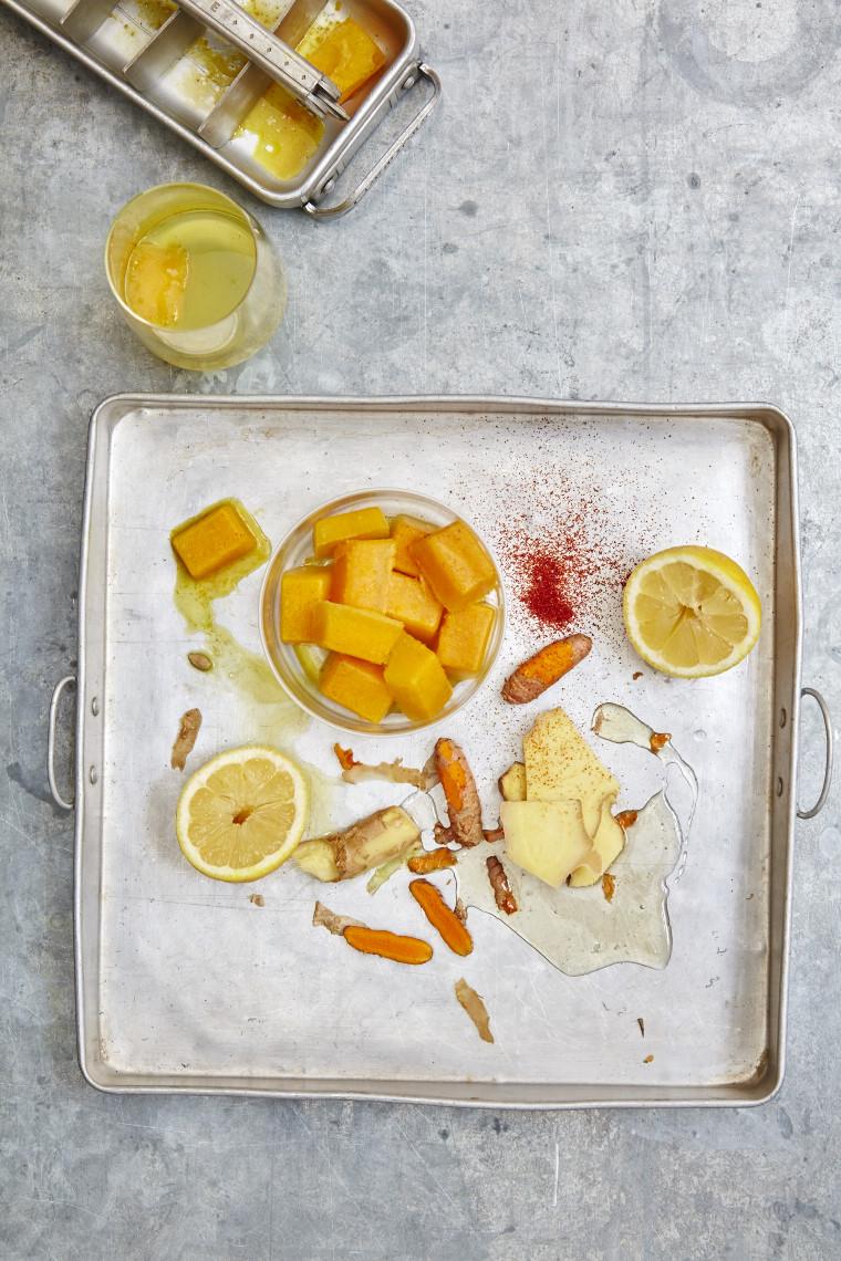 urmeric, ginger and lemon morning booster