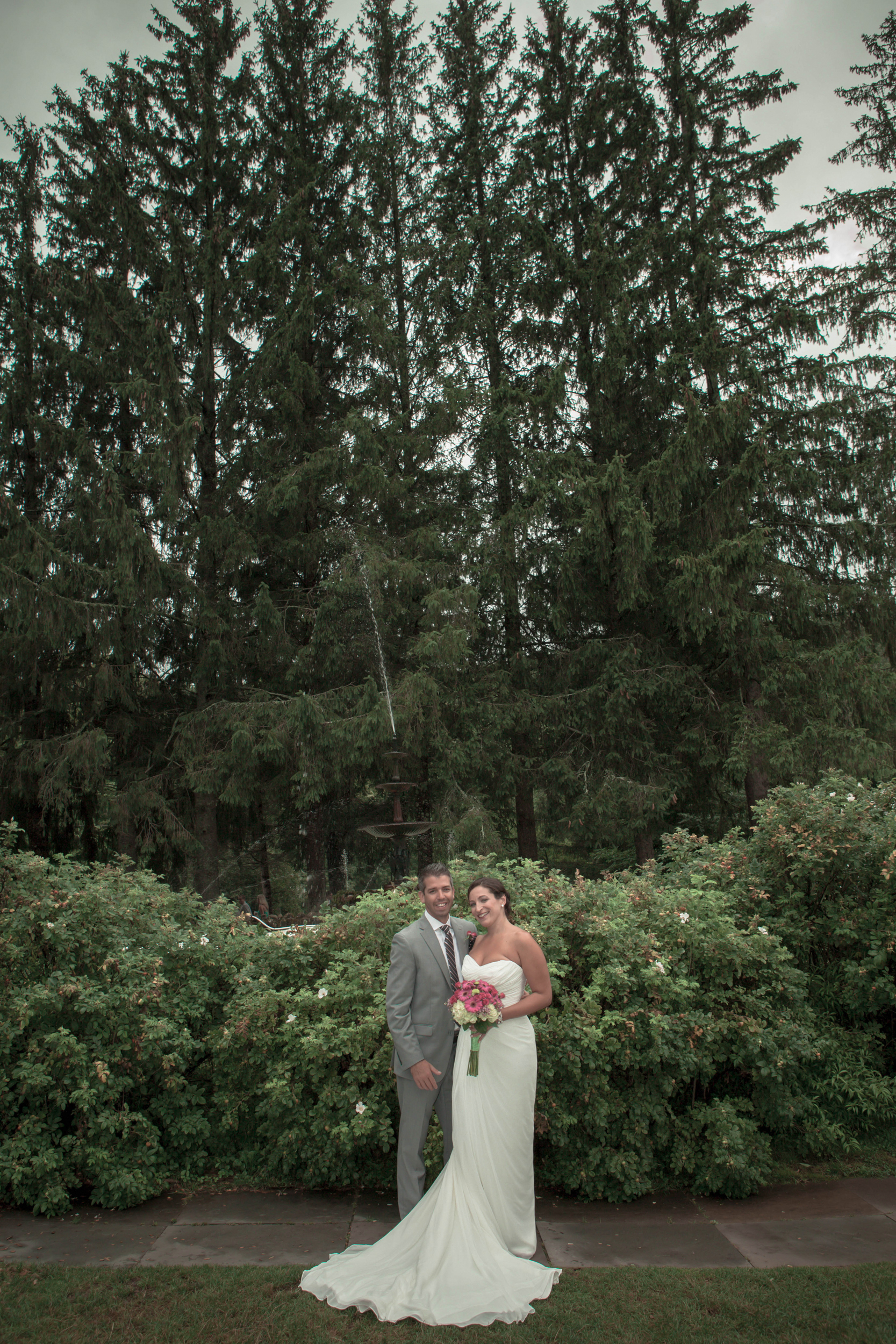 Catskill Mountains Wedding at the Full Moon Resort