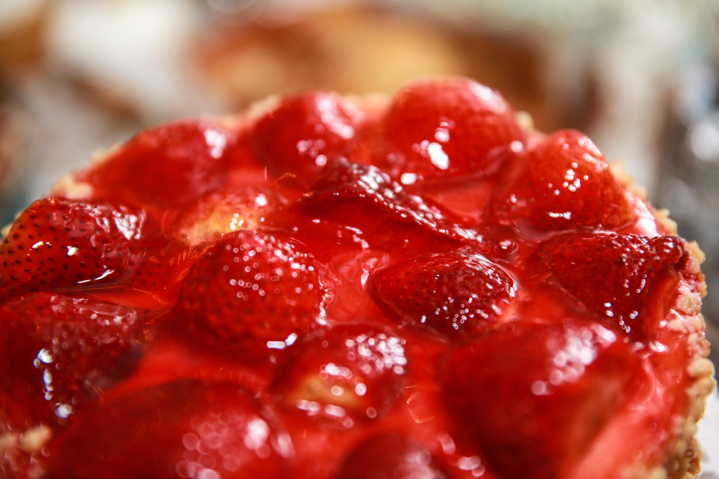 Strawberry Cake at a wedding.jpg