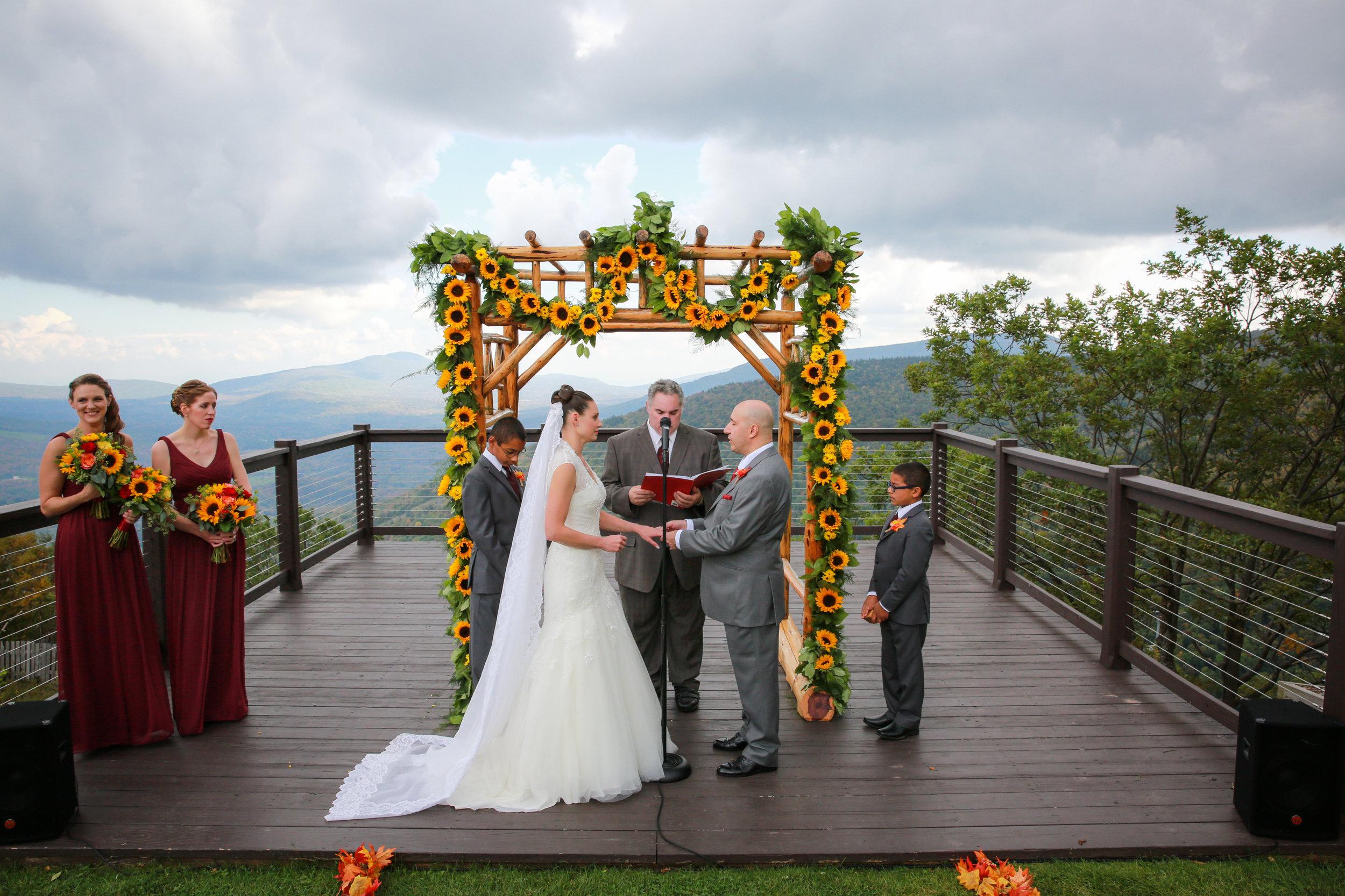 Hunter Moutain Summit Wedding