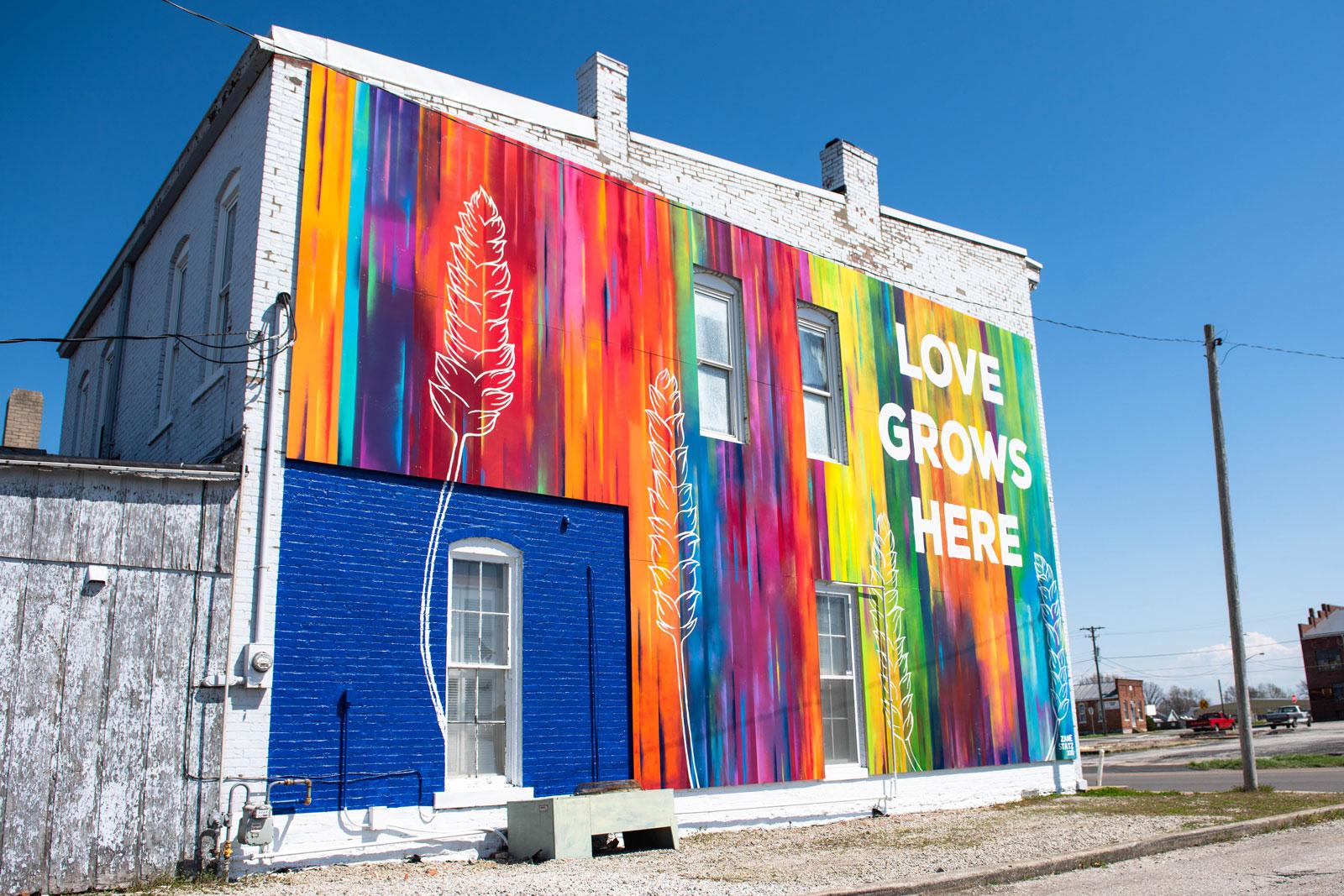 Zane-Statz_Love-Grows-Here_Greensburg-Mural_02.jpg