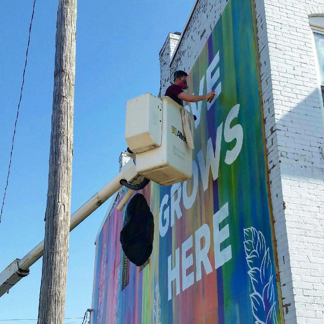 Zane-Statz_Love-Grows-Here_Greensburg-Mural_07.jpg