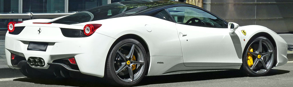 Carbon-Keramik-Bremsscheiben von Surface Transforms verfügbar für die Ferrarimodelle 458 und 430