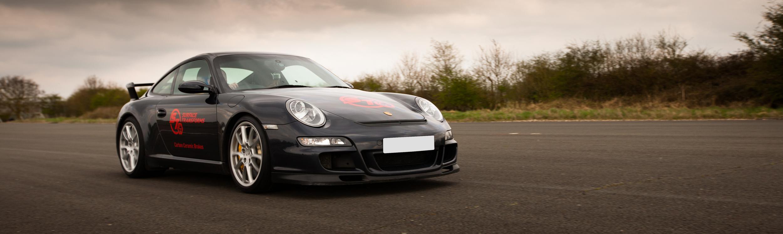 Bremsanlagen von Surface Transforms für den Porsche 997