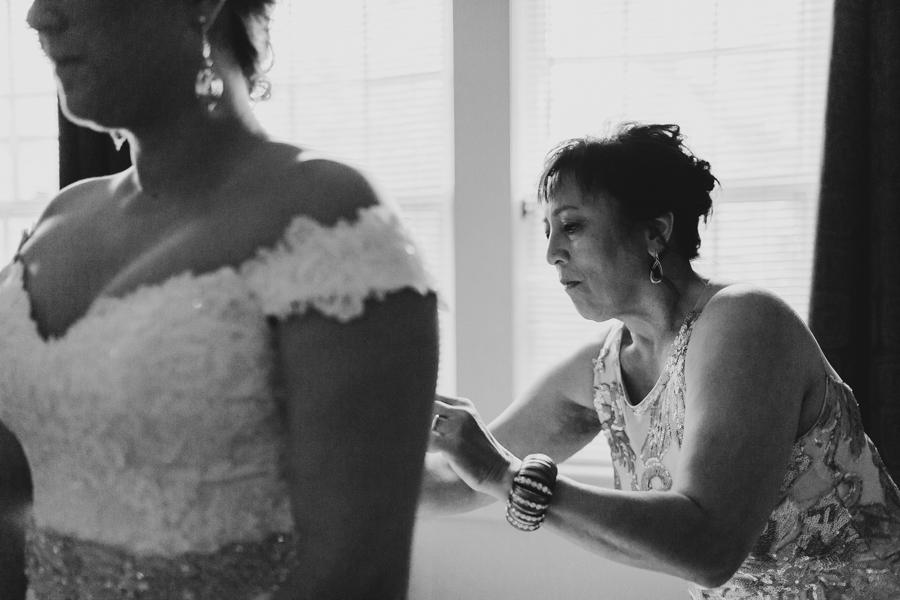 Virginia Beach Wedding Photographer-14.jpg