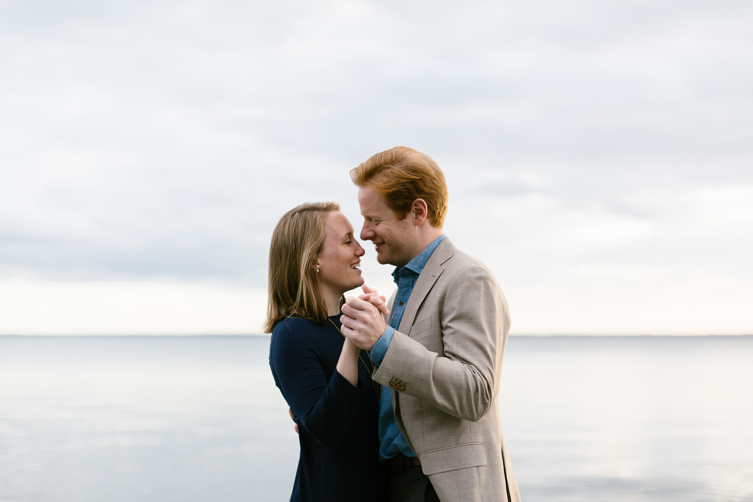 Virginia Beach Creative Engagement Photographer-13.jpg