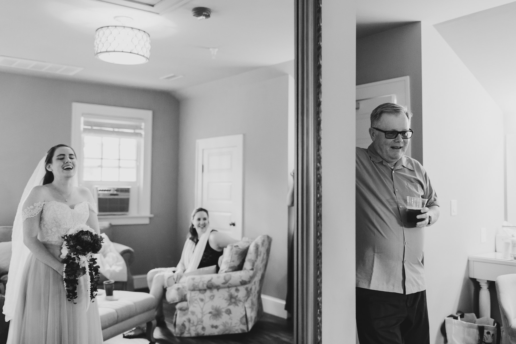 Hampton Roads Creative Wedding Photographer-10.jpg