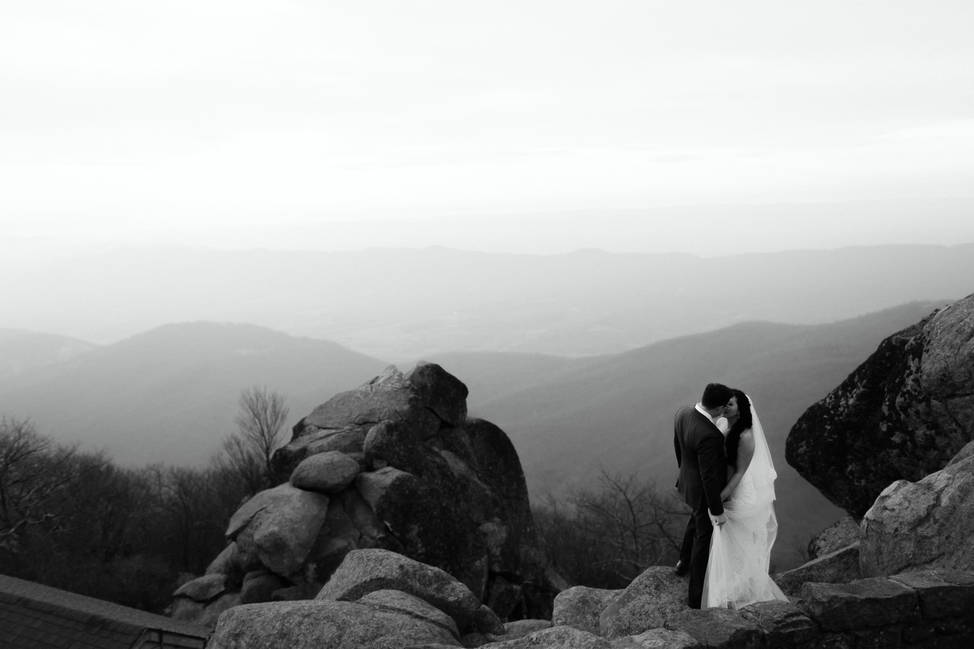 Peaks-of-Otter-Virginia-Of-Fate-and-Chaos-Elopement-Sharp-Top-41.jpg
