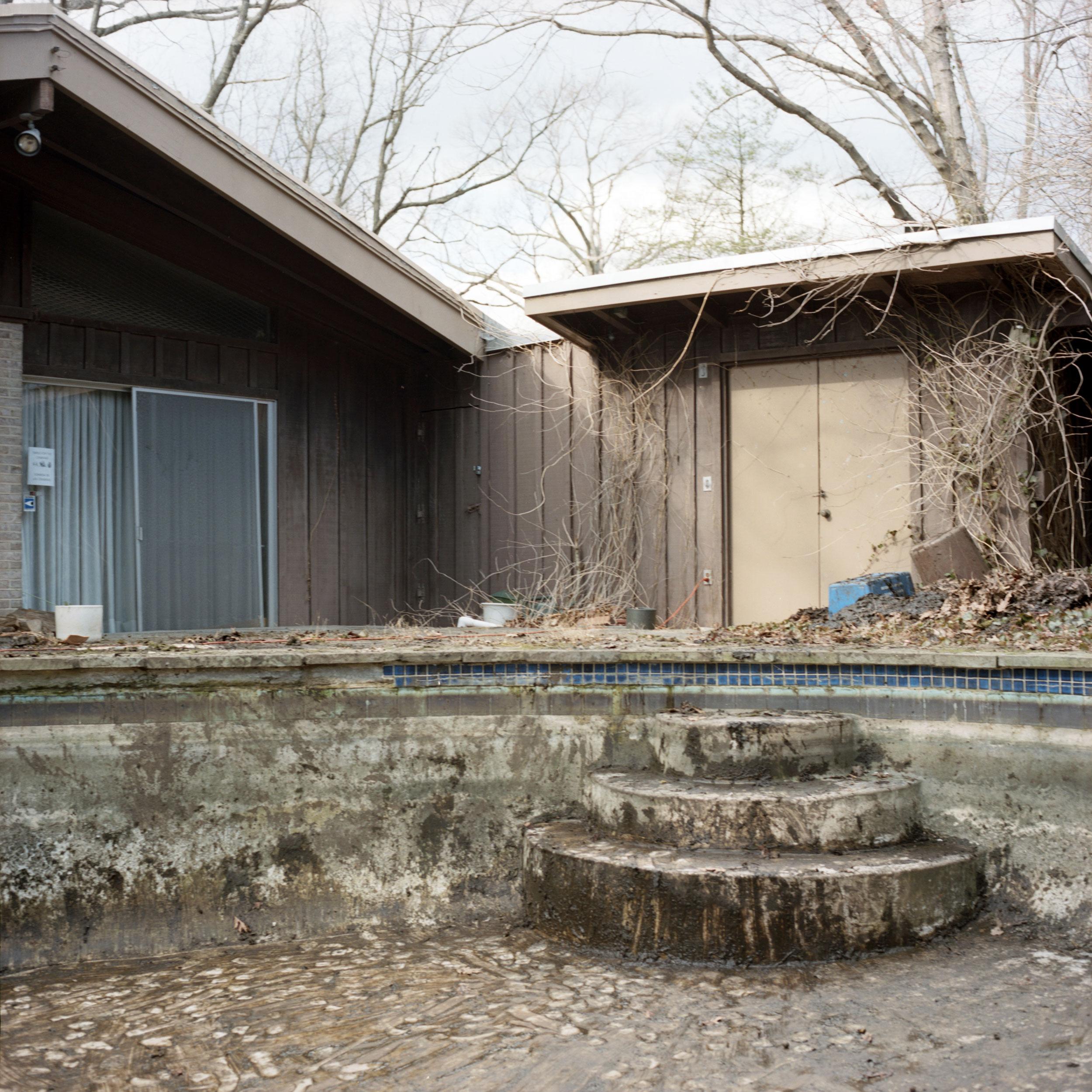 Pool-Steps.jpg