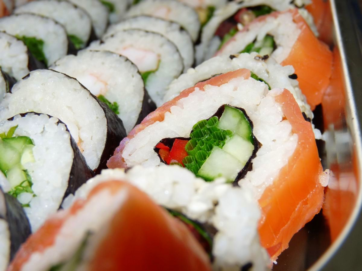 tn_Sushi closeup.JPG