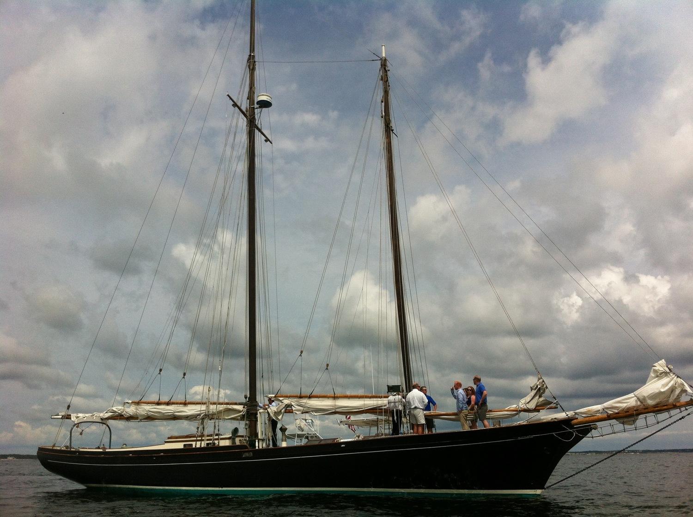 unbounded-adventures-schooner-sailing.jpg