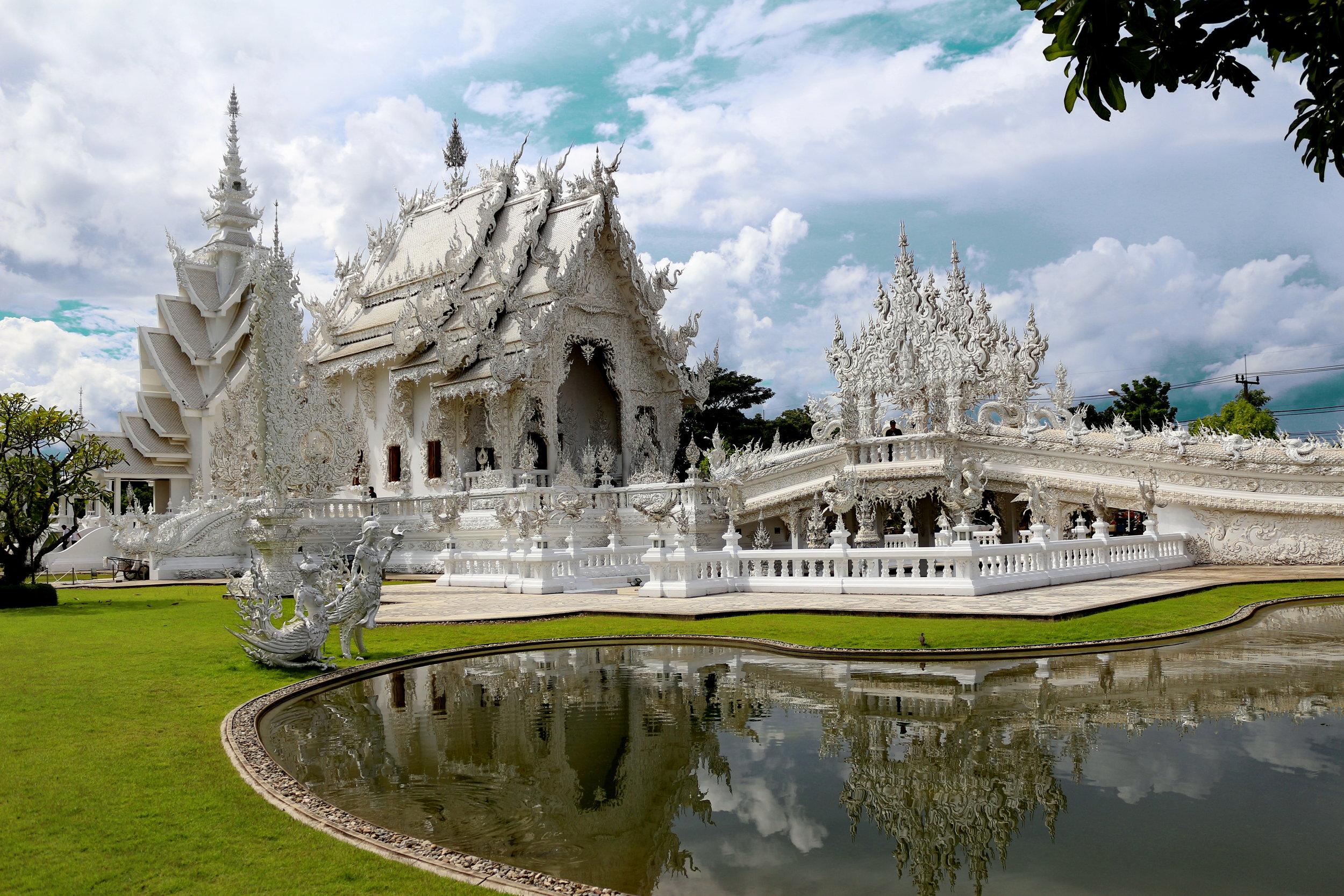 Chiang Rai - Wat Rong Khun Temple