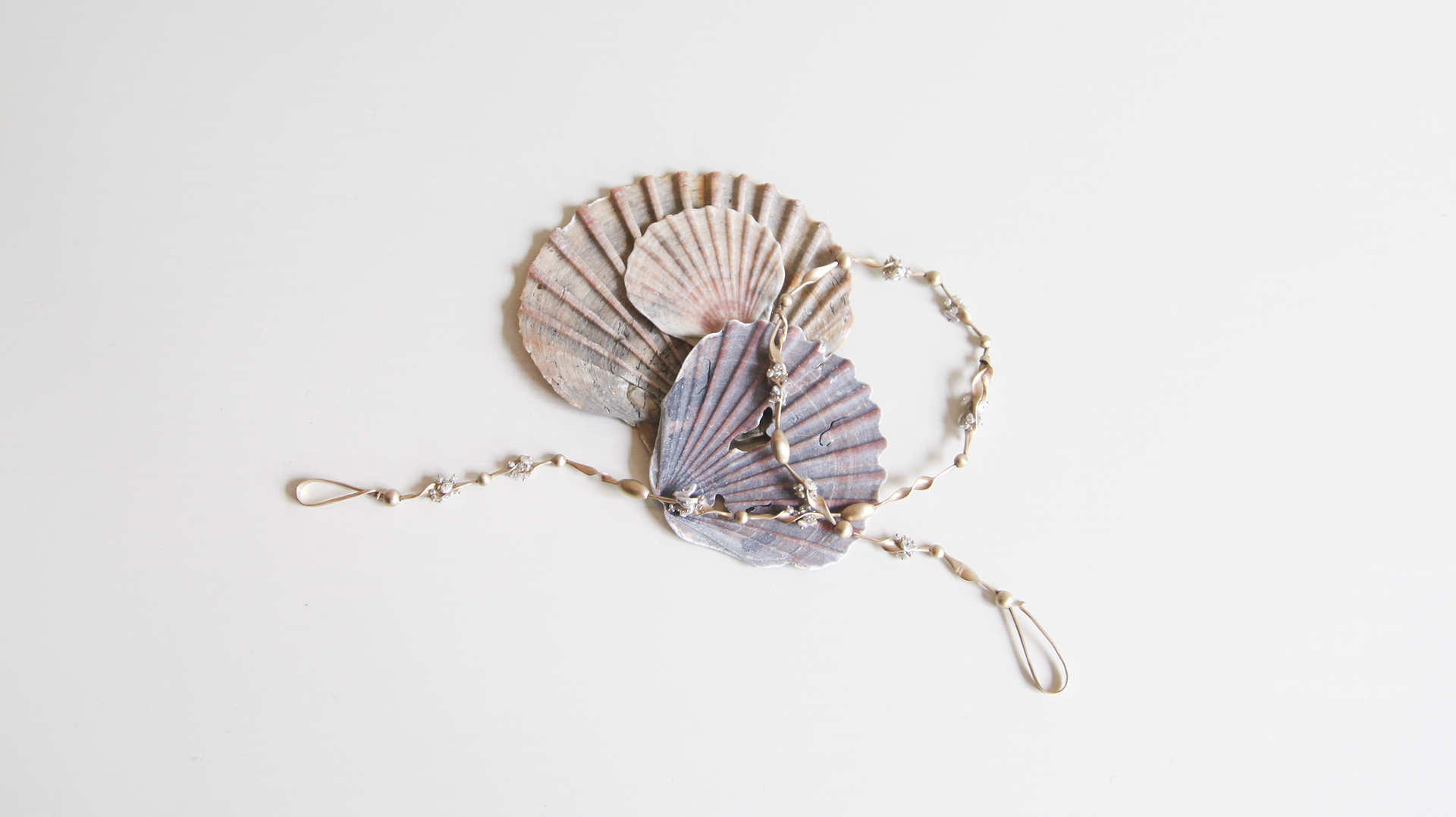 Seaweed Choker 14ky with Keshi Pearls and Diamonds