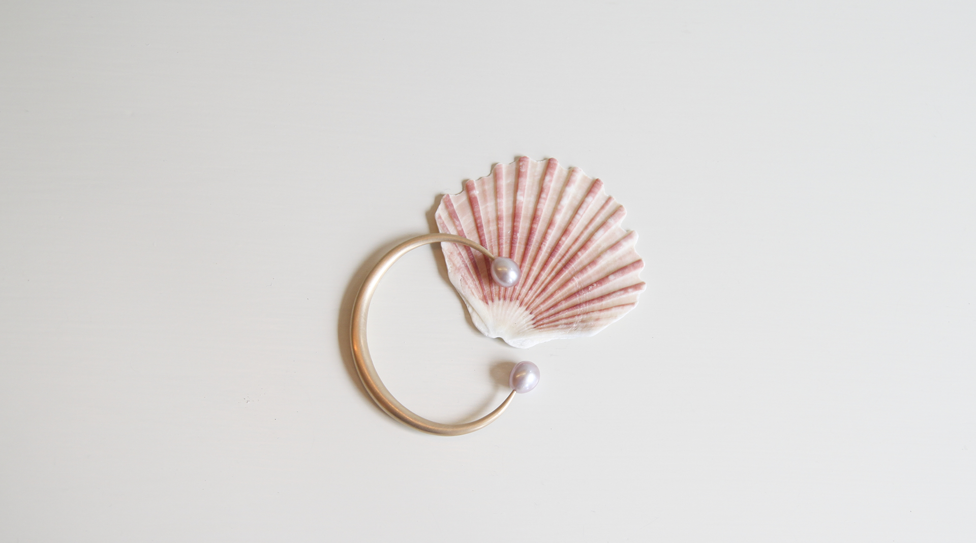 Open Bangle 14ky with Freshwater Pink Pearls