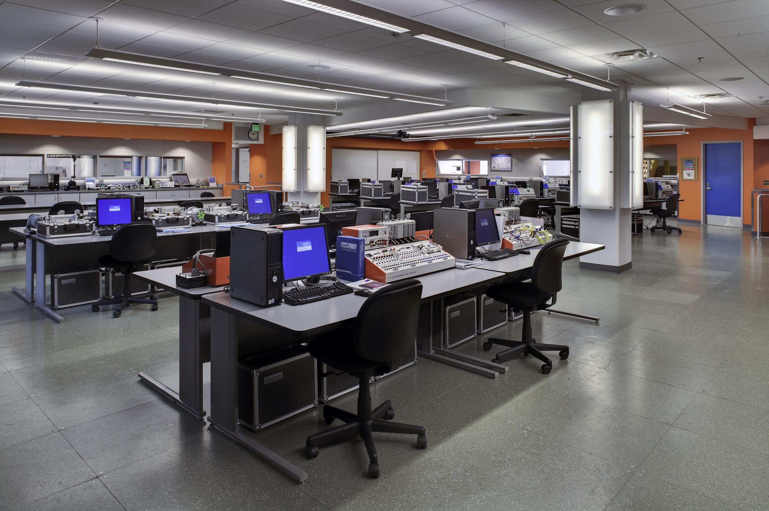 LWTC ED Lab 100.jpg