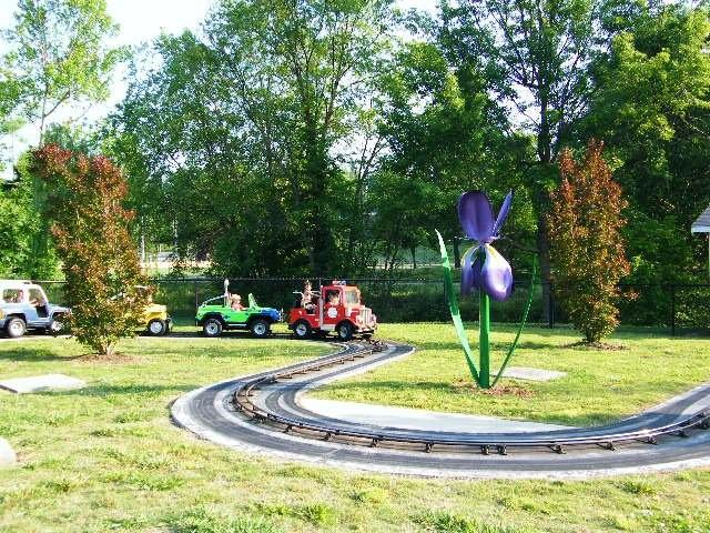 City-Park-flower-sculpture.jpg