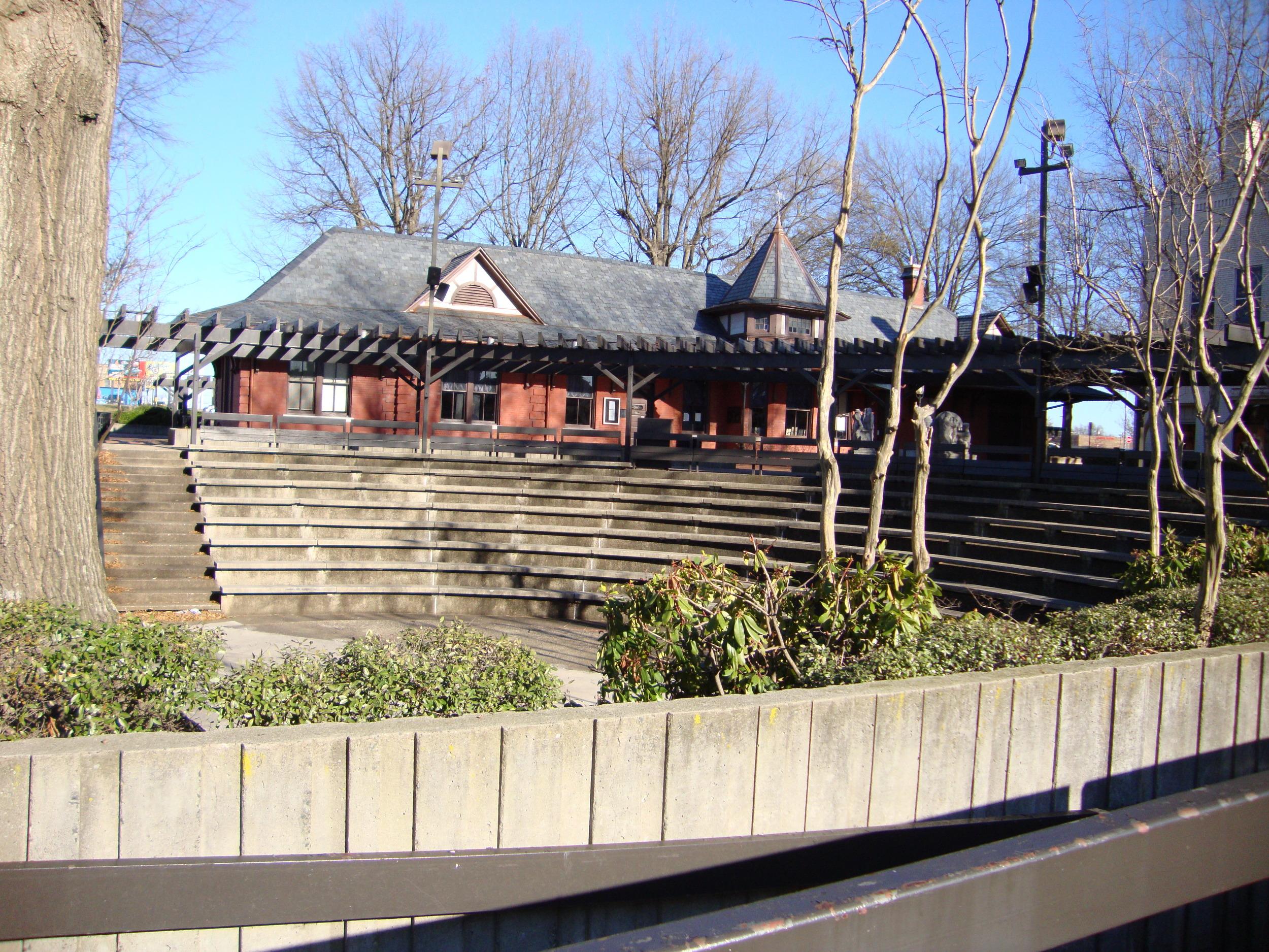 Amphitheater at Depot.JPG