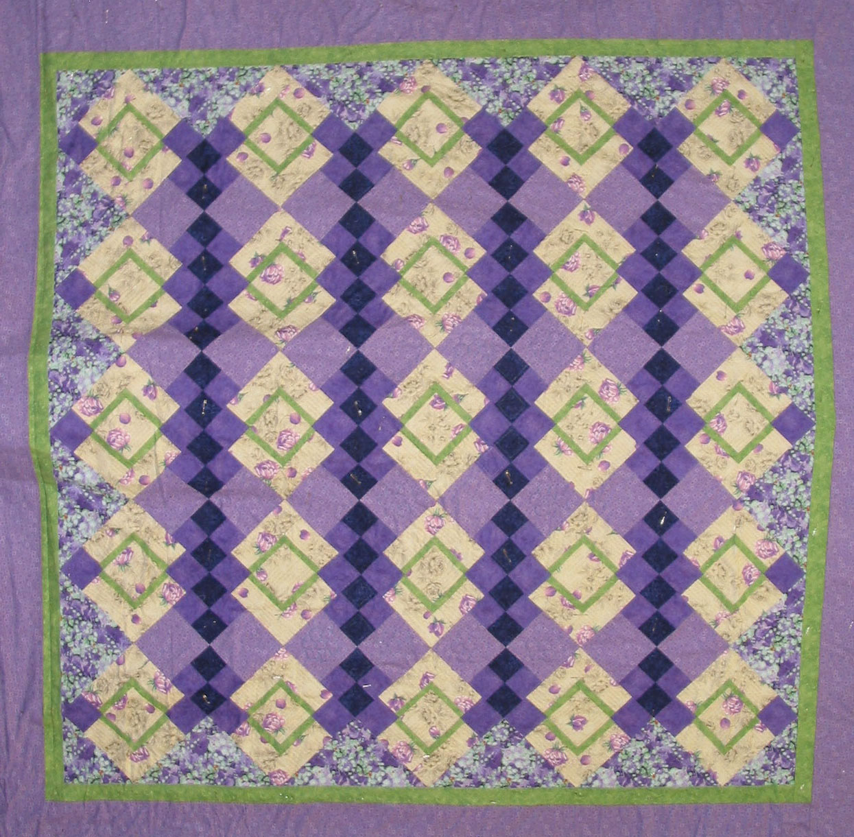 raffle quilt 2015 rotated.jpg