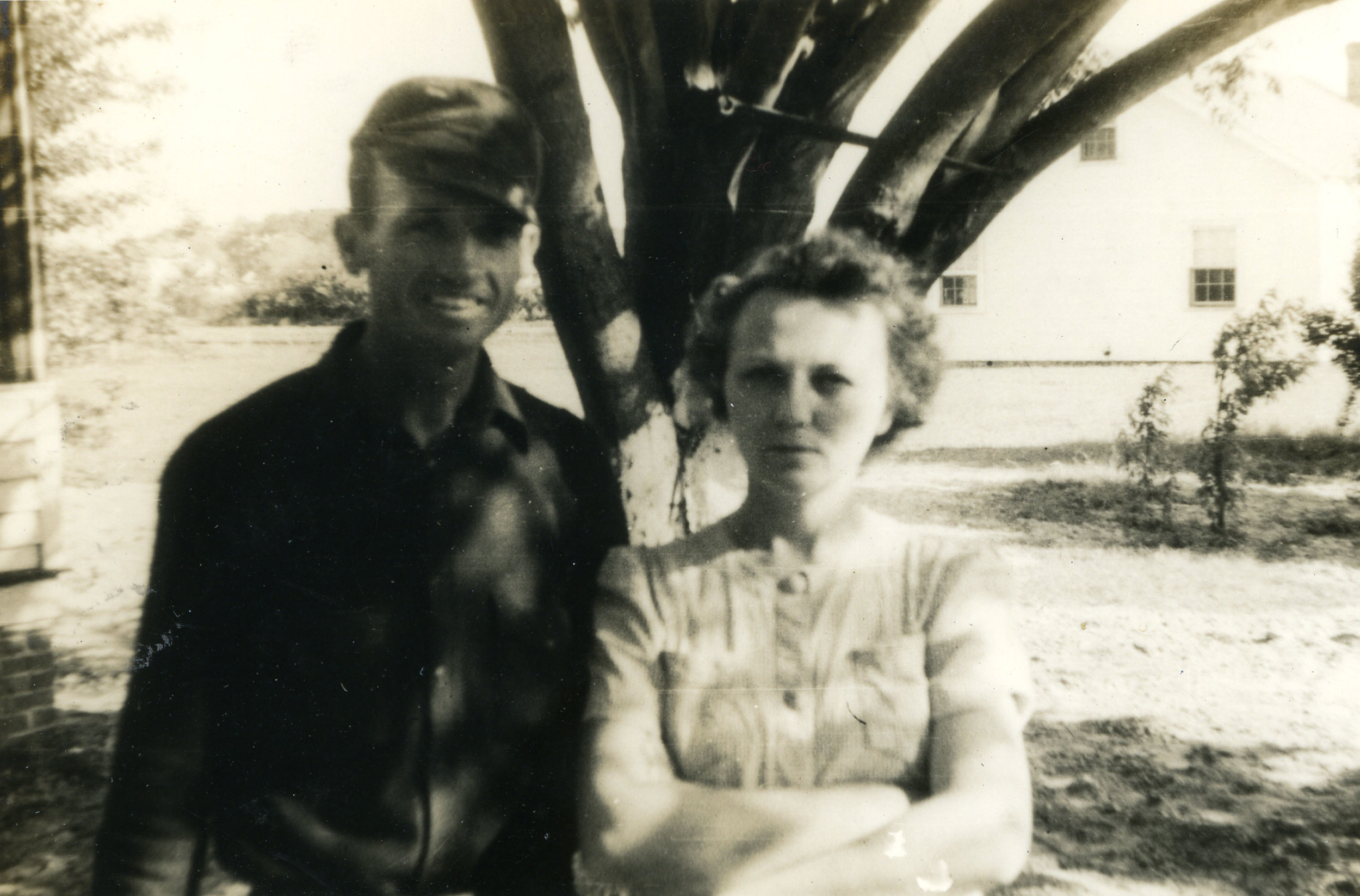 Claude & Lena Belle Brown, Marshallberg, 1943