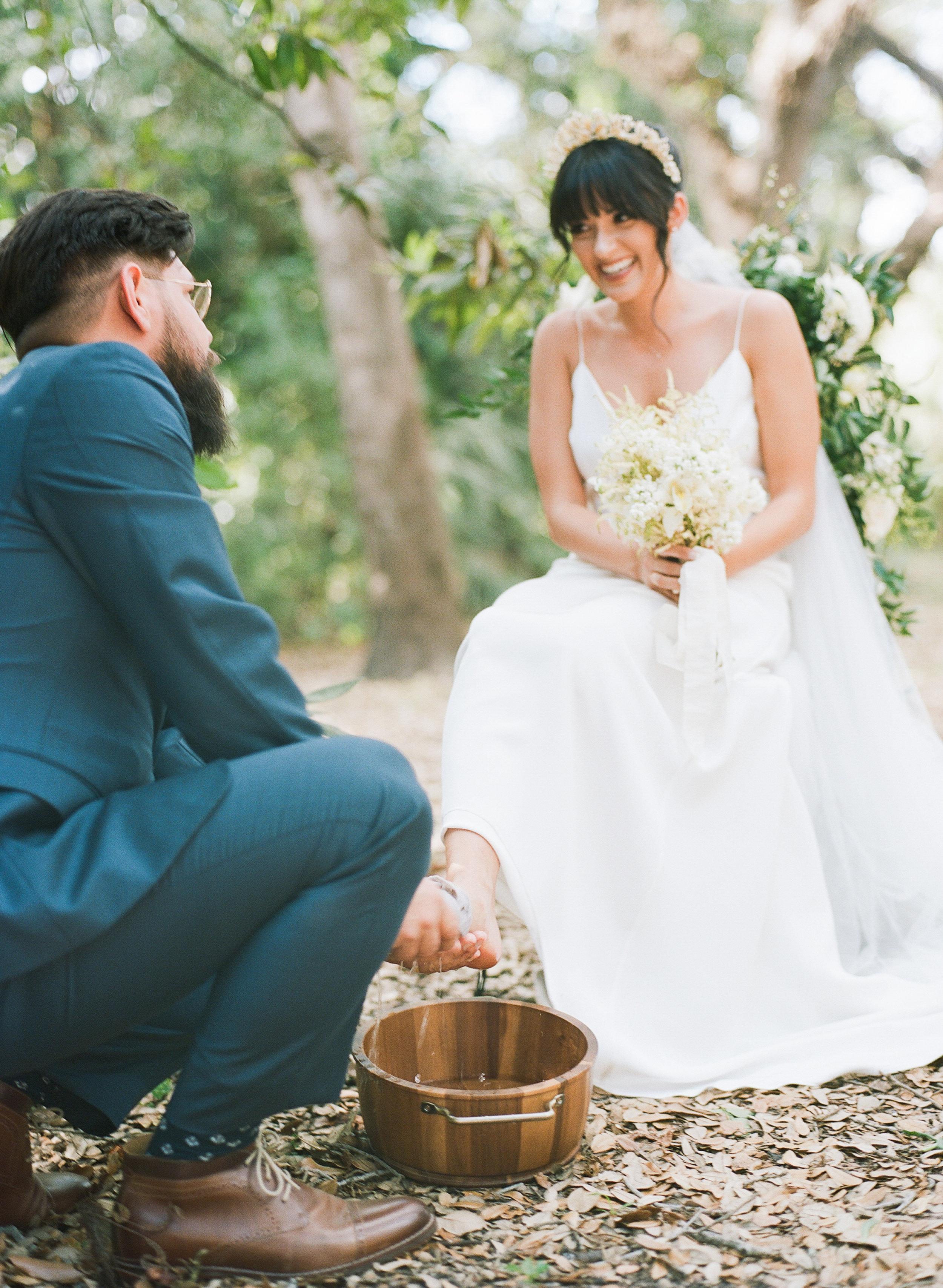 33-foot-washing-wedding-ceremony.jpg