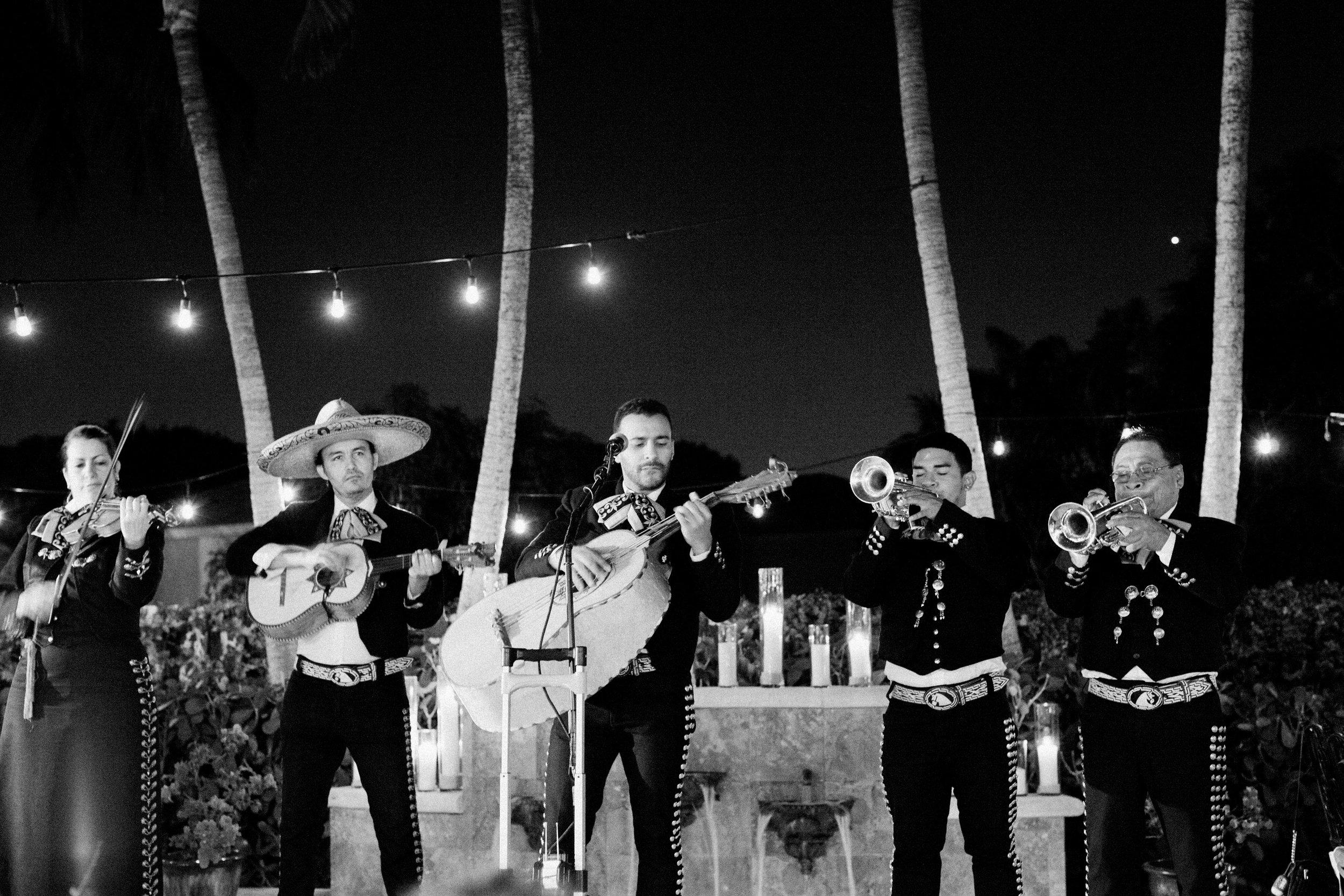 48-mariachi-band-miami-wedding.jpg