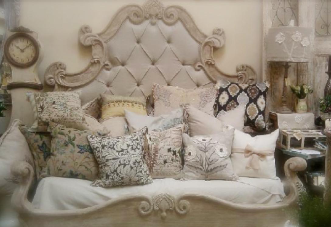 TaDah-Bed-Throw-Pillows.jpg