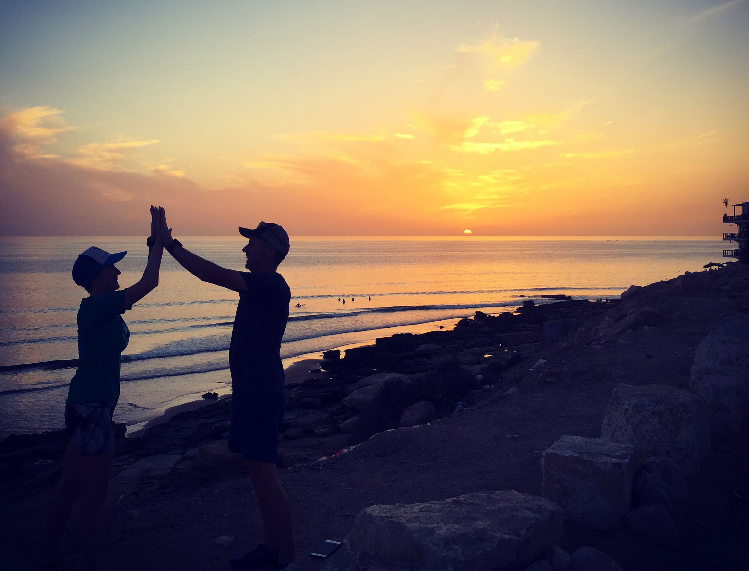 Claire and Joel finish sunset bonus miles on the last night in Morocco, wrapping up a personal weekly distance record (100km!) for Claire!