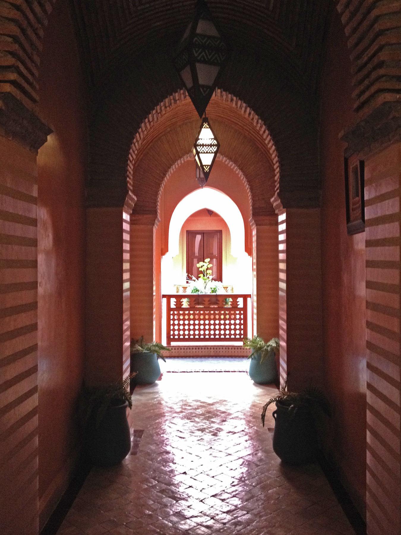 Marrakech_hallway.jpg