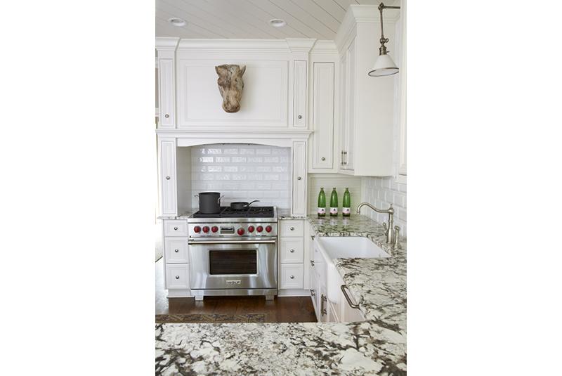 Davenport-kitchen_004.jpg