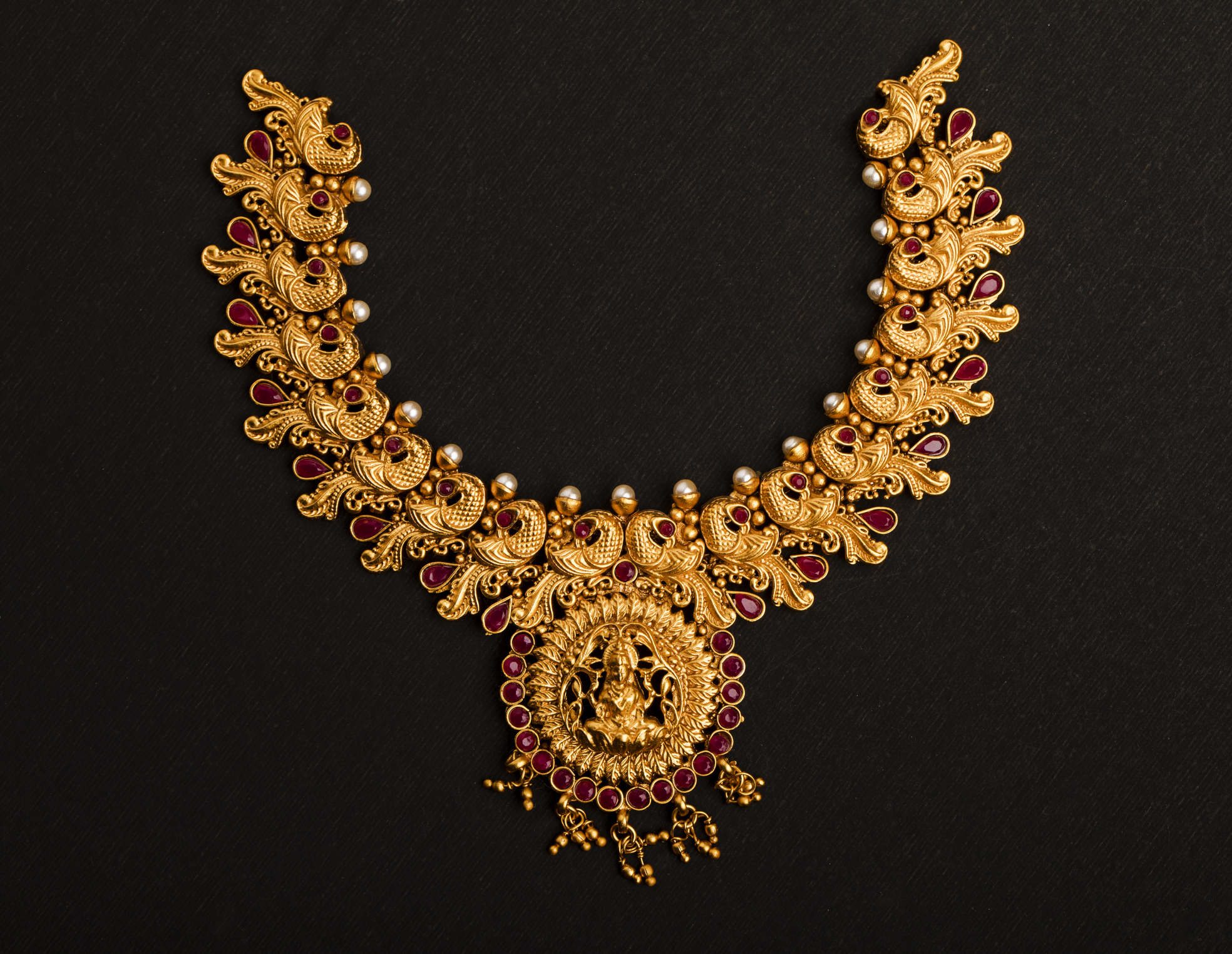 Indian-traditional-wedding-Jewelry-934717792_1971x1526.jpeg