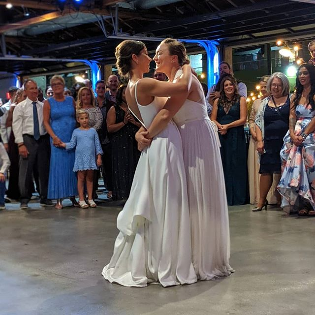 Our sweet brides from last night 👰👰 So grateful to be a part of this magical wedding! Co-produced by @delmarevents   Venue: @citymarketsocialhouse  #californiawedding #love #loveislove #wedding #weddingplanner #weddinggoals #losangeles #dtla #destinationwedding #designer #thatsdarling #firstdance #sola #goldenpoppyevents