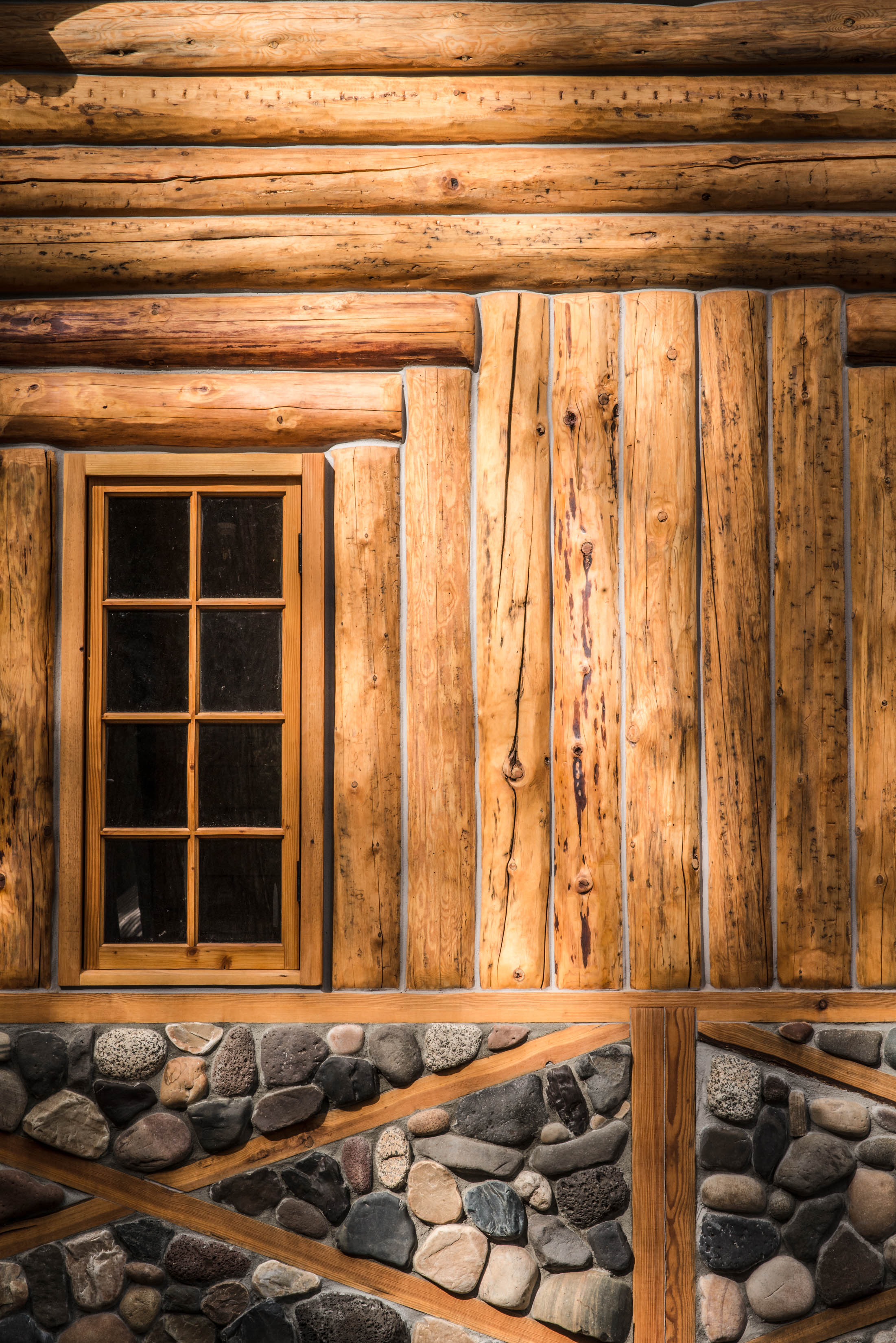 Minam_River_Lodge_Wallowa_Mountains_Eagle_Cap_Wilderness_Oregon_Autumn_2017_Please_Credit_Talia_Jean_Galvin-134.jpg