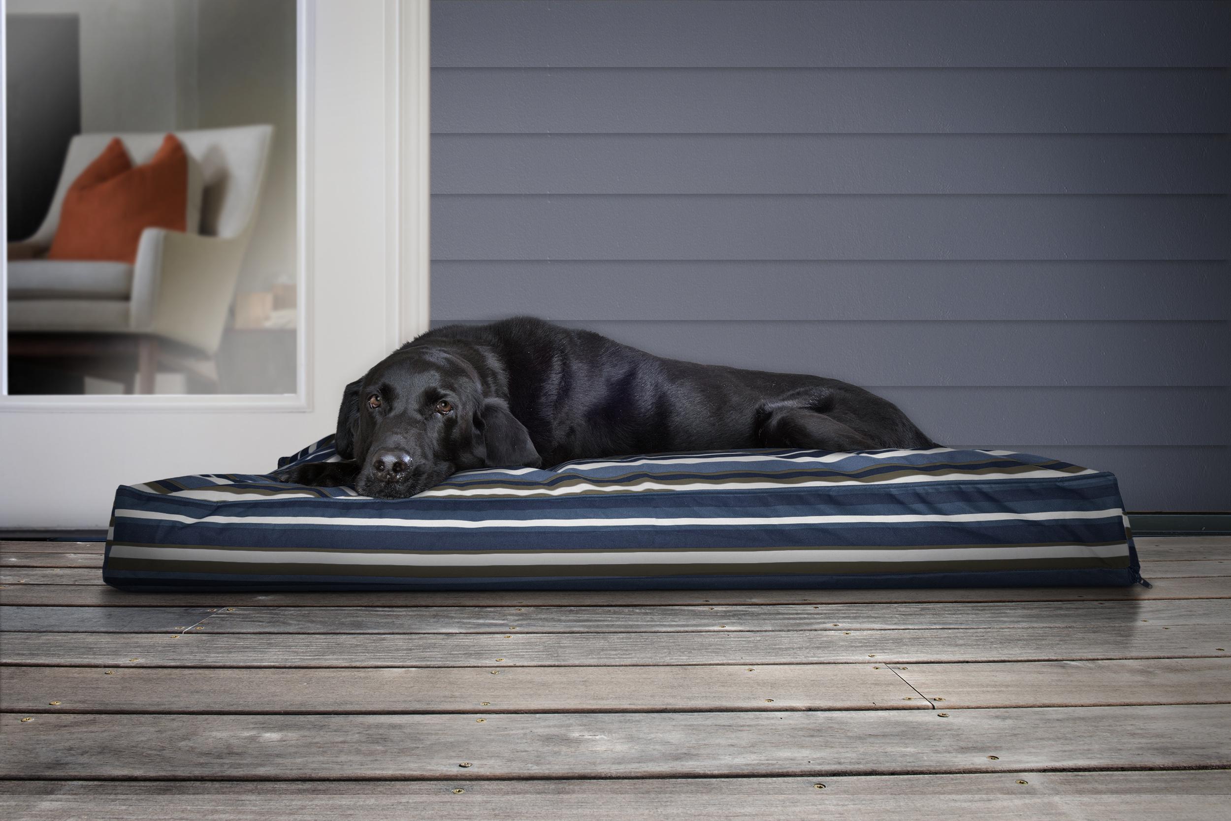 IndoorOutdoor_Pillow_BlueStripe_JM_OutdoorLifestyle.jpg