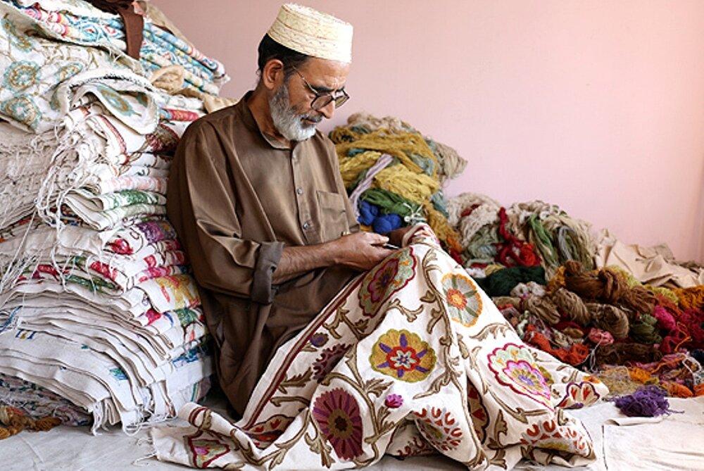 chain-stitch-handmade-rugs.jpg