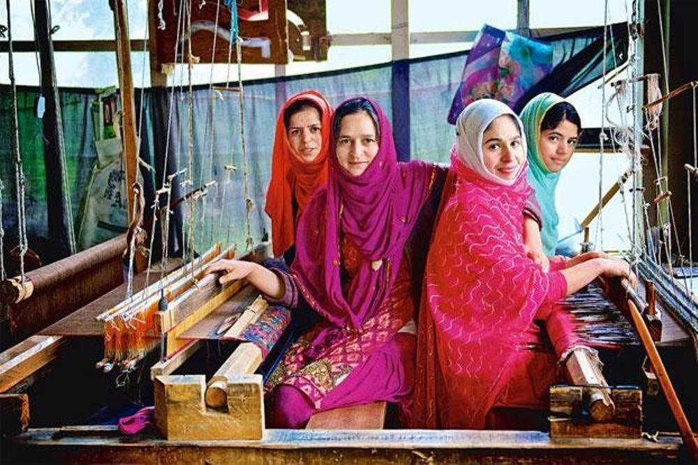 Making shawl.jpg