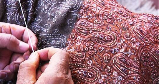 Pashmina-wedding-shawl-kashmir-jamavar-needlepoint-scarf-stole-scarves-hand-embroidered-540.jpg