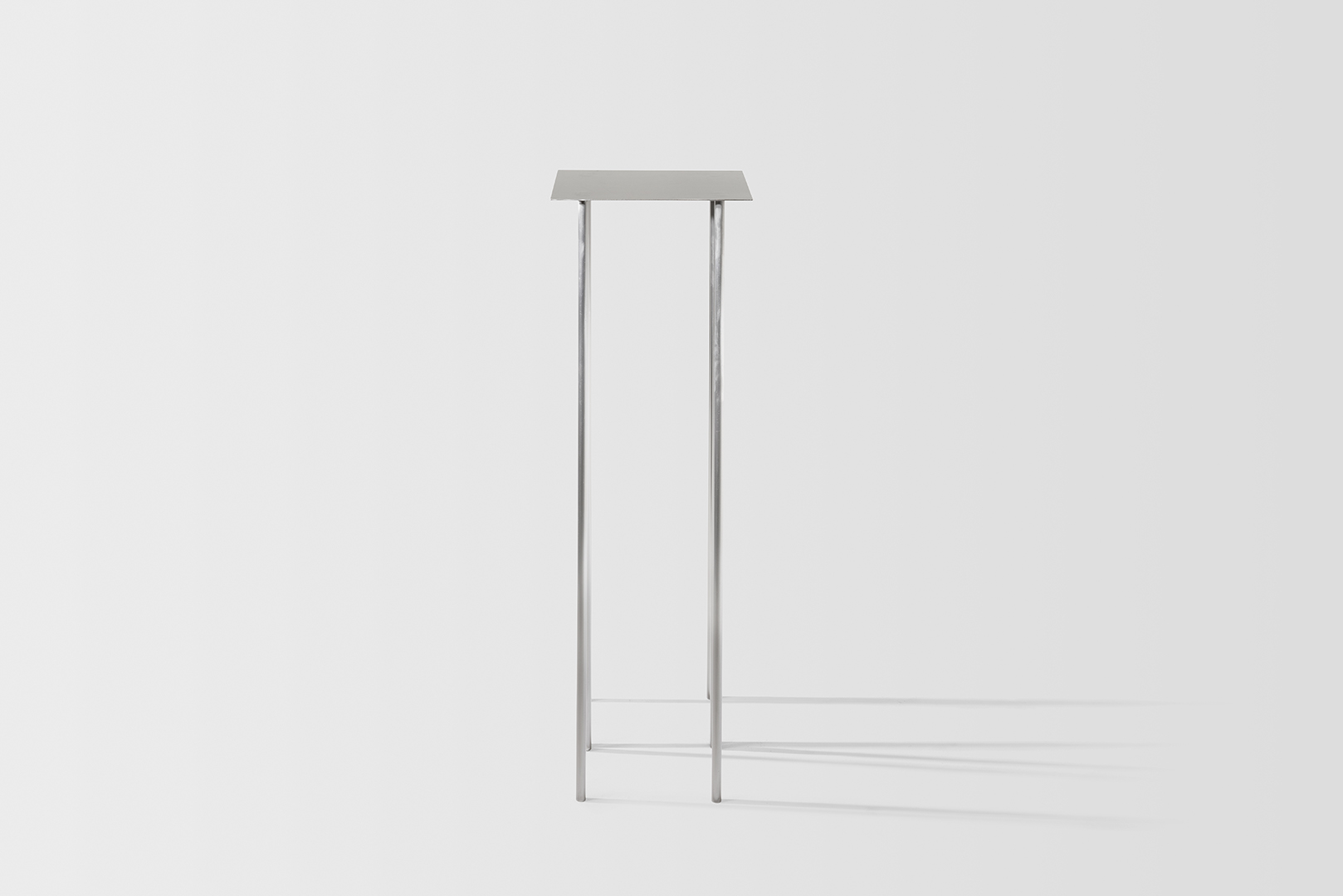 2018_PaperTable_Perspective_White_15.jpg