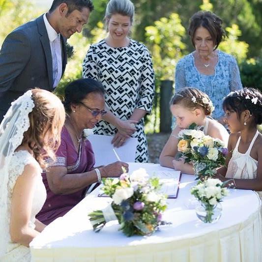 Fiona Duce Marriage Celebrant Sunshine Coast Brisbane Matt Rowe Photography