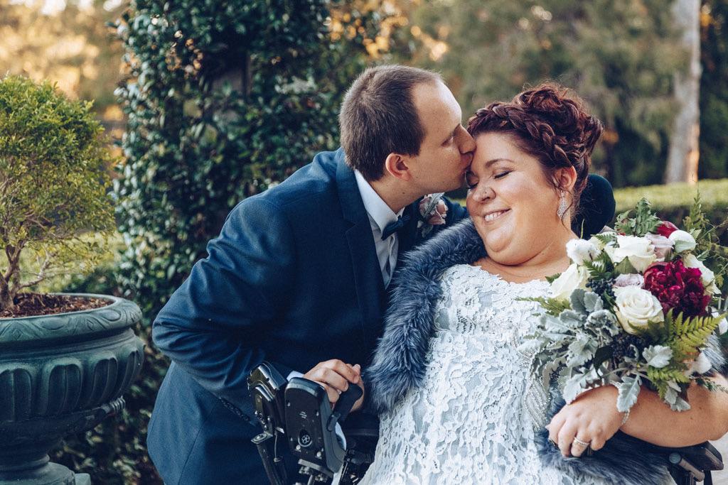 Narissa & Steve Forehead Kiss.jpg