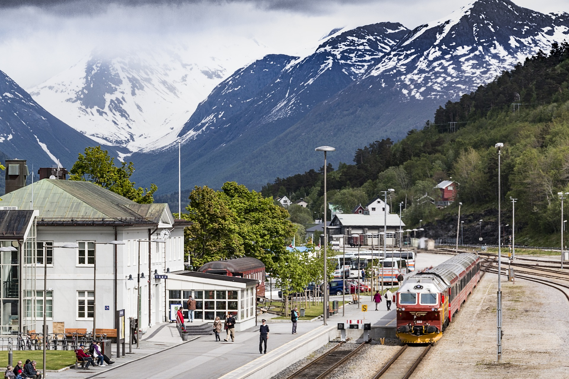 train in town.jpg
