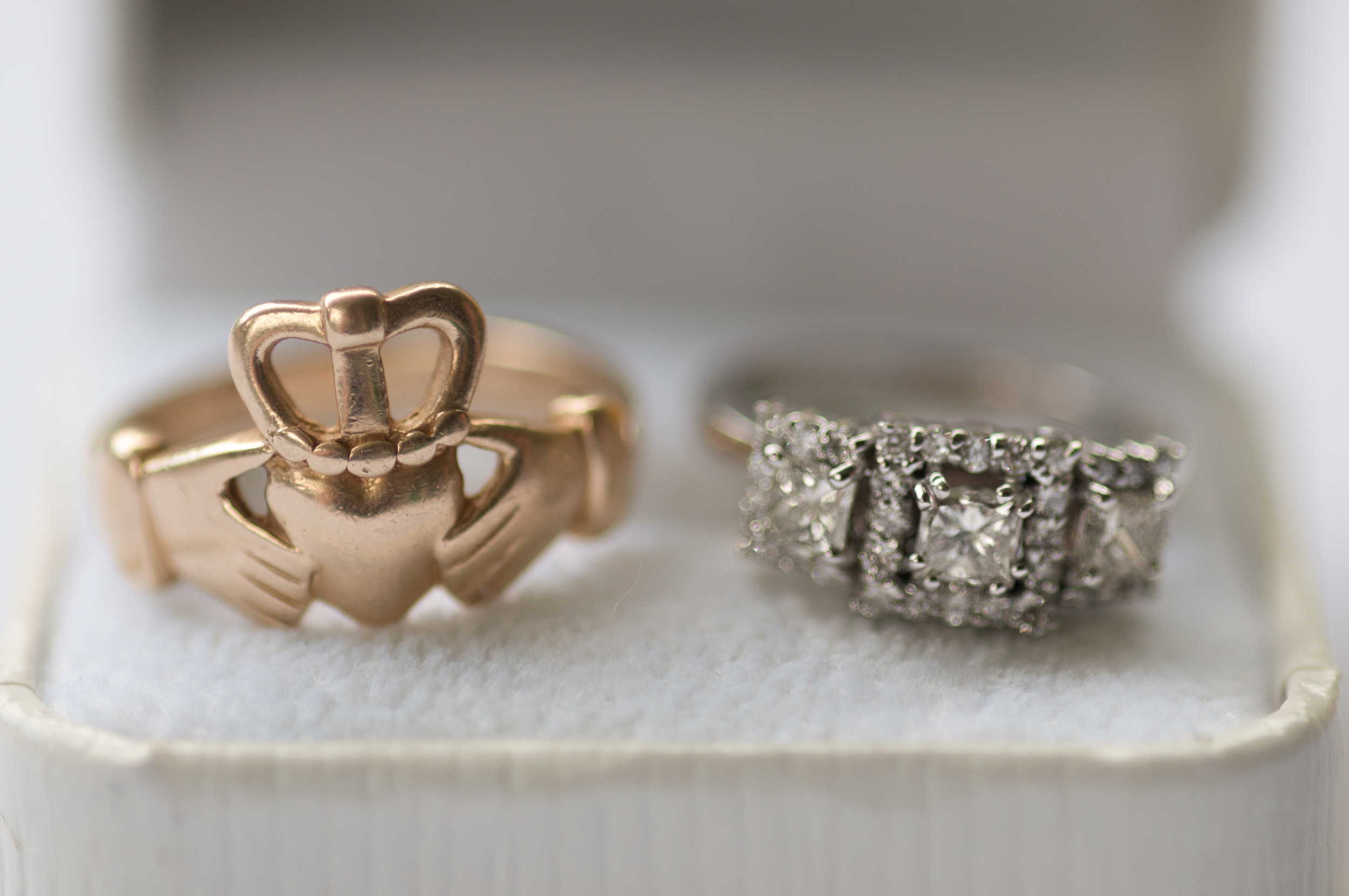 wedding-natural-light-photography-rings-bride-groom-claddagh-ring-digital-long-island-wedding-photographer.jpg