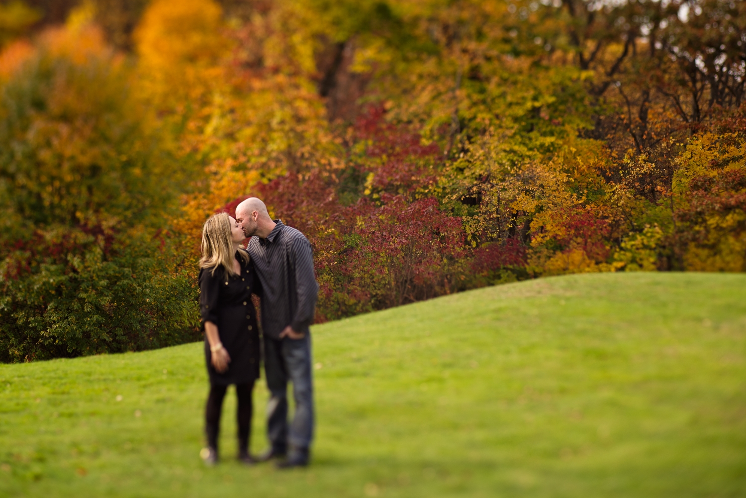 engagement_fall_long_island_photographer_love_engagment_photography-0001.jpg