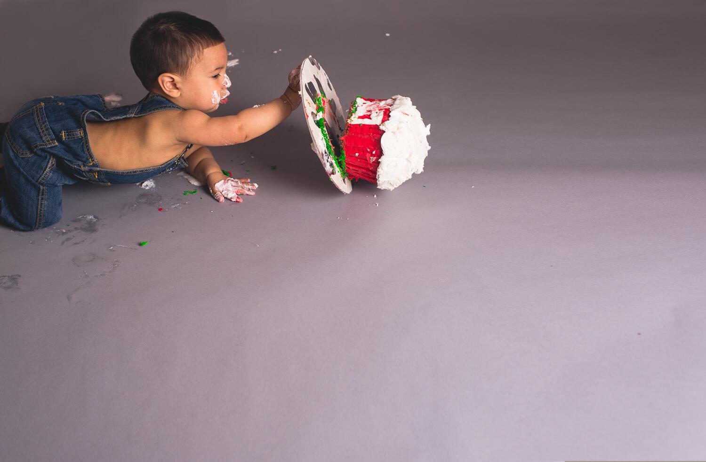 Josh_First_Birthday_Photo_Cake_Smash_Photography_Long_Island_Photographer